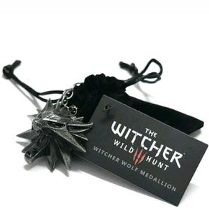 Witcher Wolf Head Necklace Pendant Medallion Gift